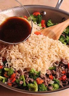 Beef Ramen Noodles Stir Fry is a quick budget-friendly way to use instant ramen! Instead of using ramen soup packets, you will make quick homemade sauce, packed with flavor! This healthy ramen noodles recipe is Asian Recipes, New Recipes, Dinner Recipes, Cooking Recipes, Healthy Recipes, Saveur Recipes, Recipies, Ethnic Recipes, Beef Dishes