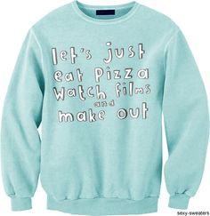 another sexy sweater Aunt Shirts, Retro Girls, Cool Sweaters, Pretty Outfits, Passion For Fashion, Dress To Impress, Casual Outfits, Graphic Sweatshirt, Sweatshirts