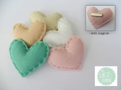 Set of 5  corsage hearts - boutonniere - pastel tint - made of felt - with MAGNET