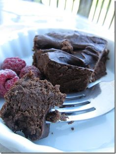 Fudgy Chocolate Flourless Cake