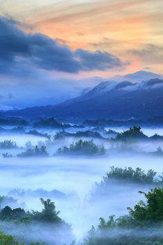 Sunrise Fogs | Amazing Pictures