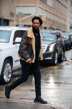 Street style Fashion Week homme automne hiver 2017 2018 New York 44 Street Style Fashion Week, New Street Style, Street Style Trends, Look Fashion, Fashion Edgy, Fashion Photo, Winter Fashion, Fashion Tips, Fashion Trends