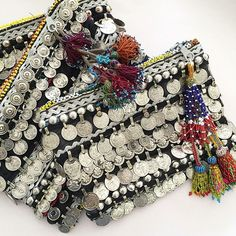 Just restocked the very last of our Coin embellished clutches! They are not being repeated, so grab one today. Best Leather Wallet, Diy Clutch, Crochet Clutch, Thread Jewellery, Boho Bags, Beaded Purses, Cloth Bags, Beaded Embroidery, Sewing Crafts
