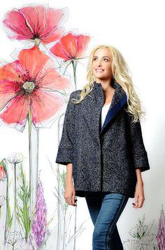 Пальто короткое синий беж на кнопках. 12500₽ Состав: 100% шерсть. То, что нужно этой весной! #пальто #весна #купитьпальто #красивоепальто #теплоепальто #легкоепальто #красивоепальто #пальтодемисезонное #пальтостильное #пальтобезподкладки