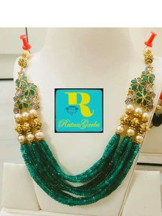 Indian Bridal Jewelry Sets, Indian Jewellery Design, Bead Jewellery, Gems Jewelry, Indian Jewelry, Pendant Jewelry, Beaded Jewelry, Jewelery, Beaded Necklace Patterns