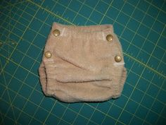 Simple Diaper-Sewing Tutorials: Side-Snapping Single-Layer Fleece Cover