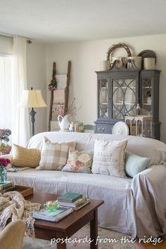 Benjamin Moore White Dove Living Room. ~ Postcards from the Ridge