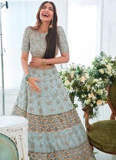 Wedding Indian Lengha Mint Green 40 Ideas For 2019 Indian Wedding Outfits, Indian Outfits, Bridal Outfits, Indian Clothes, Pakistani Clothing, Pakistani Suits, Lehenga Choli Designs, Ghagra Choli, Mode Bollywood