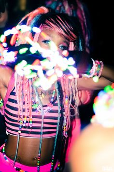 with ribbons attached to the sides for a sort of corset look and phat pants Rave Festival, Festival Fashion, Trance, Coachella, Festival Makeup Glitter, Rave Girls, Edm Music, Coral, Glow Party