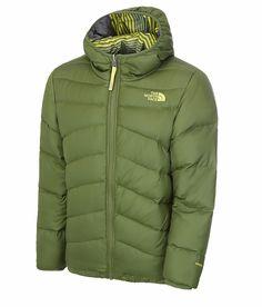 Mit der wendbaren The North Face Jungen Moondoggy Jacke, die besonders für kaltes Wetter geeignet ist, kannst du dich gleich über zwei Looks in einem freuen. Jede Seite hat eine andere Farbe und ein anderes Muster, um abwechseln zu können. Die Jacke sorgt mit 550 Cuin Daunenfüllung für großartige...  • Zusatzinformation: - Steppung - Elastischer Bund, Ärmelbündchen und Kapuze - Aufgestick...