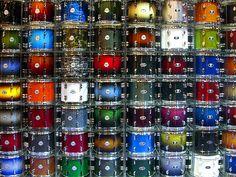 Tom multicolor Wallpaper