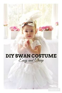 DIY Swan Costume for Halloween.  DIY Girl costume.  Perfect Costume