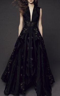 Guipure Lace V neck Gown by Zac Posen   Moda Operandi