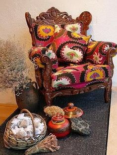 Inspire Bohemia: Suzani & Ikat: Miniature Tables, Chairs, Sofas and Beds Shabby, Bohemian Decor, Bohemian Living, Take A Seat, Sofa Chair, Cool Furniture, Decoration, Interior Inspiration, Home Remodeling