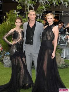 Actors Kristen Stewart, Chris Hemsworth, Chalize Theron attend the World Premiere of 'Snow White And The Huntsman' at The Empire and Odeon Leicester Square on May 14, 2012 in London, England.