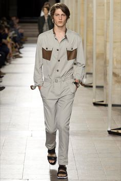 Sfilata Moda Uomo Hermès Parigi - Primavera Estate 2017 - Vogue
