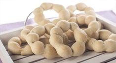 Κουλουράκια ούζου ή Μεθυσμένα ή Κορινθιακά   Freshbakery.gr Types Of Food, Sweet Recipes, Bakery, Stuffed Mushrooms, Greek, Cooking Recipes, Vegetables, Stuff Mushrooms, Chef Recipes