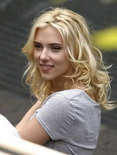 Scarlett Johansson effortless blonde hairstyle #hair #blonde she is flawless