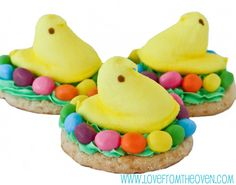 #PEEPS Easter Chick Cookies by Love From The Oven