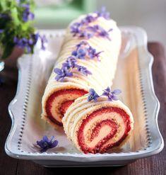 Czech Desserts, Log Cake, Eat Dessert First, Tiramisu, Ham, Cake Decorating, Sweet Tooth, Good Food, Food And Drink