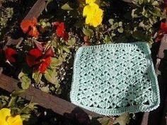 Crocheted Washcloths free pattern...these are a pretty design by shana