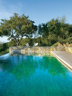 Swimming Pool Ideas : Hotel Monteverdi viajando a la Toscana Toscana, Rue Verte, Pool Water Features, Belle Villa, Water Element, Beautiful Pools, Beautiful Dream, Dream Pools, Pool Spa