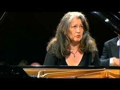 Gran concierto, gran intérprete ▶ SCHUMANN CONCERTO Op.54 M.ARGERICH & GEWANDHAUSORCHESTER R.CHAILLY dir. LIVE