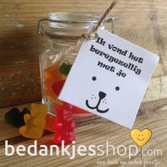 Overige bedankjes : Ik vond het BEREgezellig met je! Presents For Teachers, Diy Presents, Candy Gifts, Jar Gifts, Teacher Appreciation Gifts, Teacher Gifts, Ballon Party, Daycare Gifts, Diy Halloween Dekoration