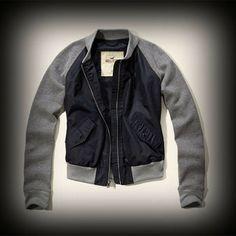 Hollister レディース ジャケット  ホリスター Emma Wood Jacket ジャケット   ★流行のバイカラー異素材MIX!カジュアルで着回しもしやすいです。  ★ホリスターを代表するLOGOマークのメタルプレートがワンポイント!