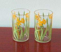 2 Vintage Jonquil Swanky Swigs ~ Excellent! ~