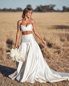 On Trend: 12 Bridal Separates - Breaking The Rules ❤ breaking the rules bridal separates simple boho rustic one day #weddingforward #wedding #bride #weddingoutfit #bridaloutfit #weddinggown