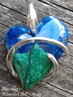 Azurite and Malachite heart by Annukka Baubles And Beads, So Creative, Pendant Design, Malachite, Pendants, Rock, Heart, Metal, Handmade