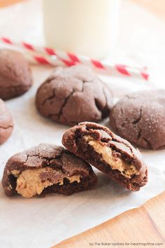 Peanut Butter Stuffed Chocolate Cookies. #recipes #foodporn #desserts #cookies #chocolate
