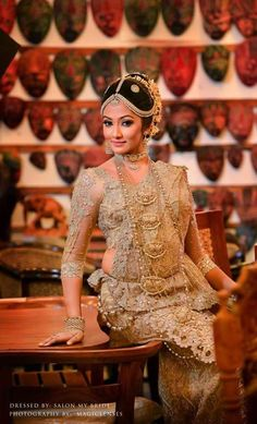 Wedding Sari, Bridal Wedding Dresses, Bridal Lace, Wedding Attire, Bridal Style, Wedding Bride, Full Sleeves Blouse Designs, Bridesmaid Saree, Indian Attire