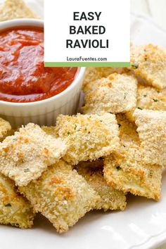 Easy baked ravioli recipe everyone will love! Easy baked ravioli recipe everyone will love! Lunch Snacks, Clean Eating Snacks, Lunch Recipes, Baby Food Recipes, Appetizer Recipes, Cooking Recipes, Appetizers, Savoury Recipes, Easy Cooking