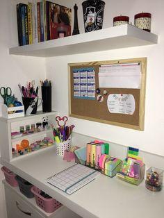 Study Room Decor, Study Rooms, Room Setup, Gold Bedroom Decor, Room Ideas Bedroom, Small Room Bedroom, Traditional Bedroom Decor, Decorating Bookshelves, Home Room Design