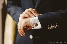 Lucia si Alin • Nunta in timpul saptamanii la Ma Cocotte Cufflinks, Wedding Day, Accessories, Fashion, Pi Day Wedding, Moda, Fashion Styles, Marriage Anniversary, Wedding Cufflinks