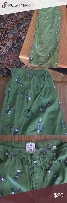 "Men's -Life is Good Green Golf Print PJ pants -XL Life Is Good Green Golf 🏌Lounge Sleep Pajama Pants Size XL Cotton. Nice cotton pants - brand new looking. Great Green Color featuring Jake the Golfer. Nice and comfortable sleepwear that features: elastic drawstring waist, 2 side pockets, and a  button close fly. Waist size approximately size 38"" and 30"" inseam. Smoke free Pet Free home 🏡 Life Is Good Pants Sweatpants & Joggers"