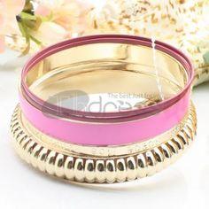 http://www.thdress.com/Pink-popular-five-laps-alloy-bracelet-p13482.html