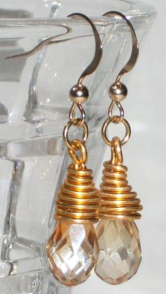 Pendant earrings. Briolette crystals copper rainbow by Momentidoro, €20.00