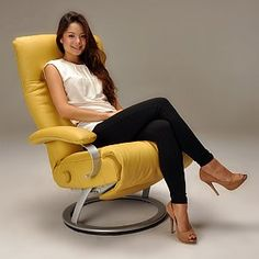 Ergonomic Recliner Chair Spacesaver High 29 Best Recliners Images Power Kiri By Lafer Is An Swivel And Lounge Modern Chairs Features Backrest