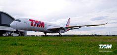 O primeiro Airbus #A350 XWB da TAM e das Américas, voando a partir de janeiro 2016