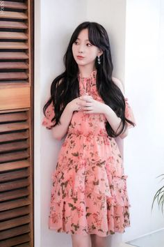 Lovelyz Kei, Korean Singer, Vintage Looks, Kpop Girls, Girl Group, Cute Outfits, Girly, Classy, Shit Happens