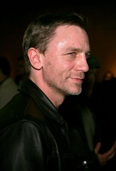 Actor Daniel Craig attends Universal Pictures private screening of the film 'Munich' held at the Academy of Motion Picture Arts and Sciences on December 20, 2005 in Beverly Hills, California.