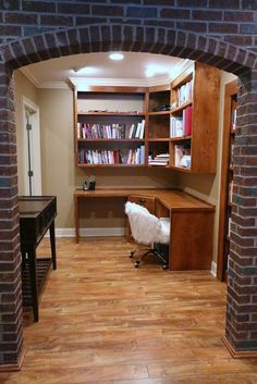 Is this not the coziest reading nook/home office you've ever seen? This Bowling Green, KY home has plenty of space to work from home! Reading Nook, Bowling, Cemetery, Libraries, Offices, Home Office, Bookcase, Real Estate, Cozy
