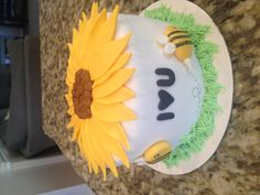 Sunflower and bumble bees cake!