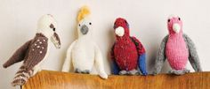 Knit these Pocket Pal Aussie Birds. Pattern included for free at link from Sweet Living Magazine! Animal Knitting Patterns, Crochet Flower Patterns, Stuffed Animal Patterns, Crochet Birds, Crochet Toys, Crocheted Flowers, Knitting Projects, Crochet Projects, Crochet Granny Square Afghan