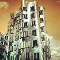 Gehry Bauten in D-Dorf (1/5)