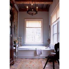 Classic Bathroom! #interiordesign #design #fillyourhomewithlove #interior #interiors #house #home #blog #designblog #luxury #followme #picoftheday #architecture #archilovers #casa #decor #interiores #arquitetura #amazing #bathroomideas #bathroom by fillyourhomewithlove Bathroom designs.