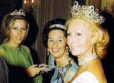 A clearer image of 'Pimpinela' Hohenlohe Langenburg wearing her gorgeous diamond and emerald belle epoque tiara.